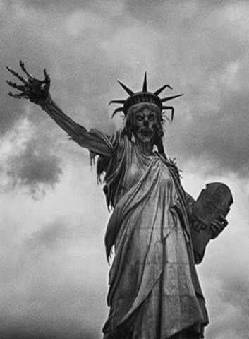 #Zombies STATUE OF LIBERTY ZOMBIE NATION