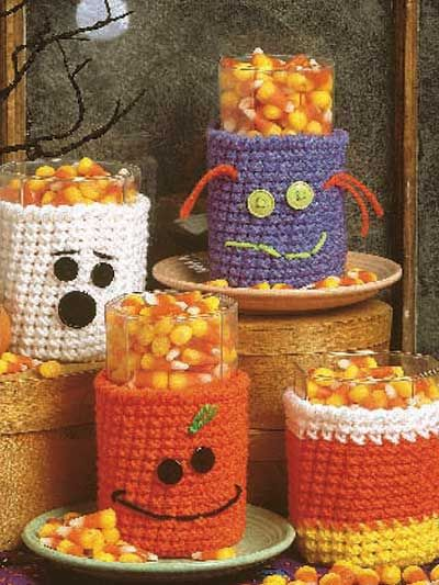 Halloween Glass Cozies  Decorate your home with these Halloween cozies for that scary night!  Cozy size: 4 x 2 1/2 inches (appx)  Skill level: Easy  free pdf from freepatterns.com