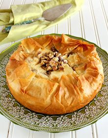Baklava Cheesecake - a receita aqui... http://www.sprinklebakes.com/2013/05/baklava-cheesecake.html