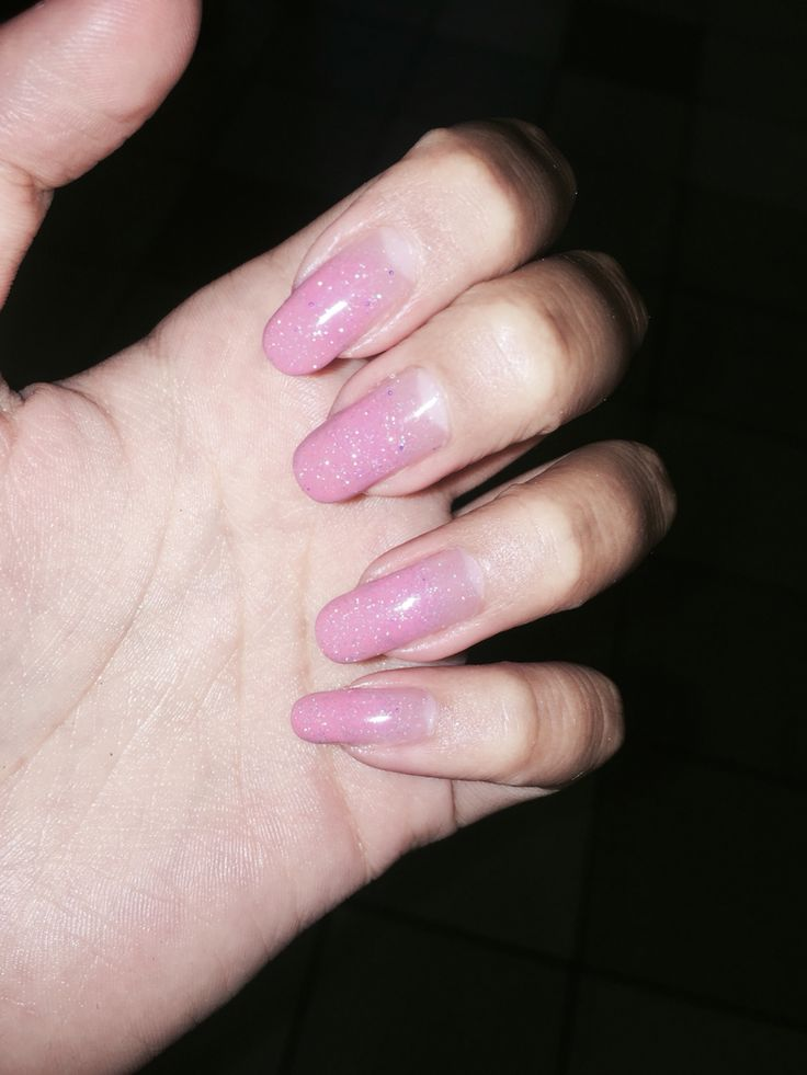 Pale pink. Pale pink nails. Pink nail ombre. Manicure.