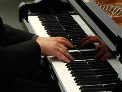 Claude Debussy - Suite bergamasque Prélude Menuet Played by Werner Naenni on a Sauter grand-piano Recorded at Achim Franz, Klaviere & Flügel www.franz-klavie...