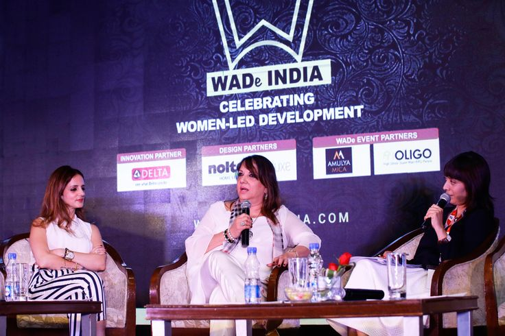 Anuradha Chatterjee moderating a session with Sussanne Khan and Zarine Khan