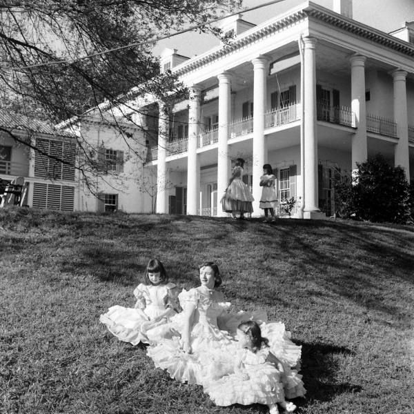 44 Best Ideas About Baby Doll On Pinterest Photographs Library Of Congress And Plantation Homes