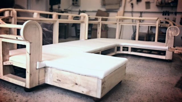 Custom made #chesterfield sofa. Made by hand by Berto Master Artisans #bertoprogetti #madeinitaly