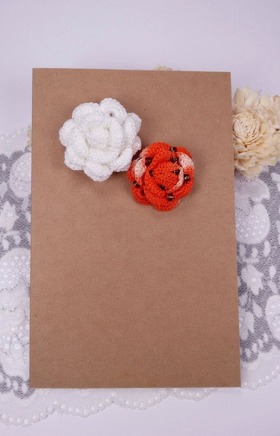 2 applique roses crochet roses white rose by Rocreanique on Etsy
