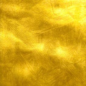 Linge ancien teint avec des pelures d'oignon. Trucs et astuces de grand-mère et teintures naturelles pour tissus.