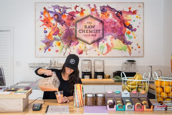 This Chemistry-Channeling Raw Juice Bar Blends Science & Healing #drybars trendhunter.com