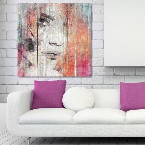 Tableau décoratif effet bois regard de femme