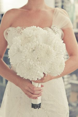 We LOVE the innate simplicity of this white Chrysanthemum bouquet. By The Butterfly Lounge, Brisbane.: