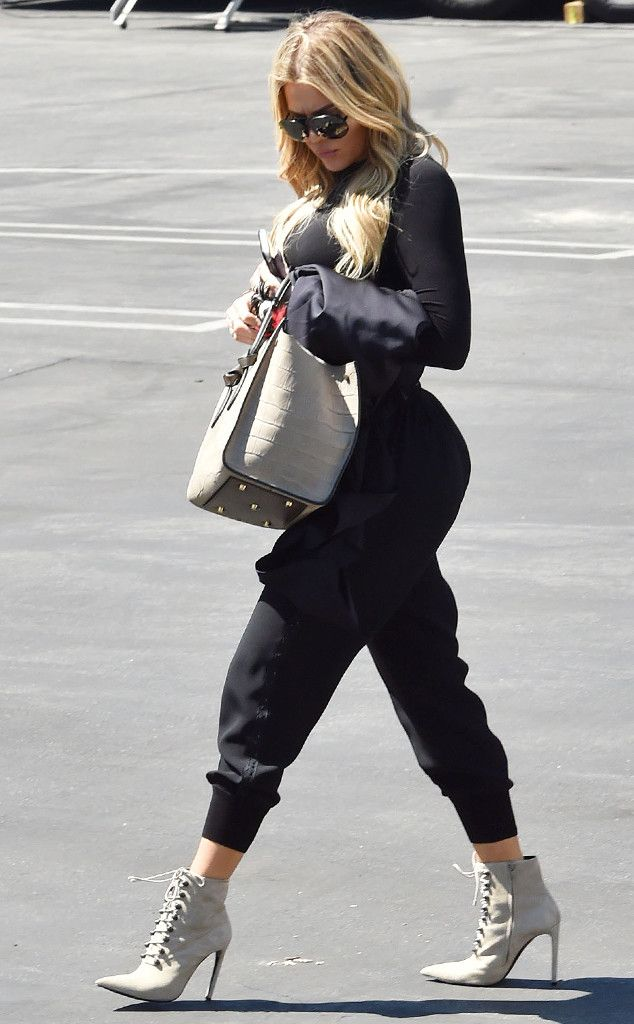 Khloé Kardashian from The Big Picture: Today's Hot Pics Reality star strutted her fit self in Los Angeles.