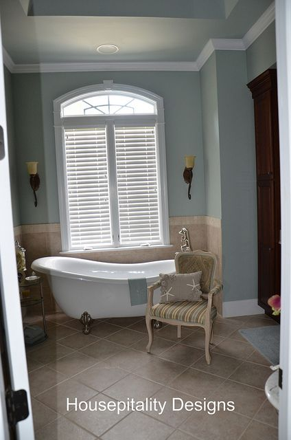 blue bathroom by shirleystankus