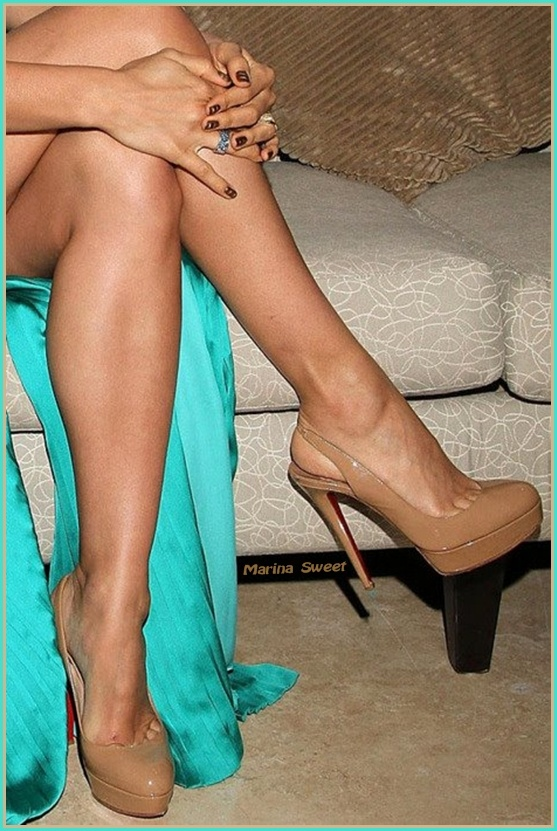 Relaxing Time With High Heels