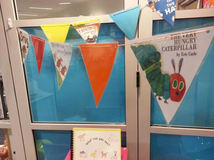 Book area bunting