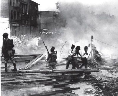 The Bonus Army 1932, Washington D.C.  http://www.eyewitnesstohistory.com/snprelief4.htm