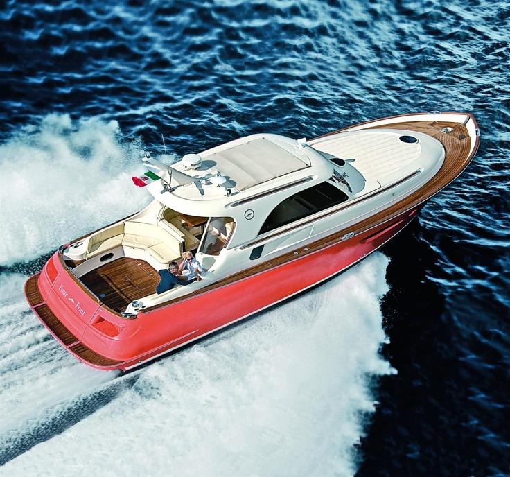 External view Mochi Craft - Dolphin 44' #yacht #luxury #ferretti #mochi