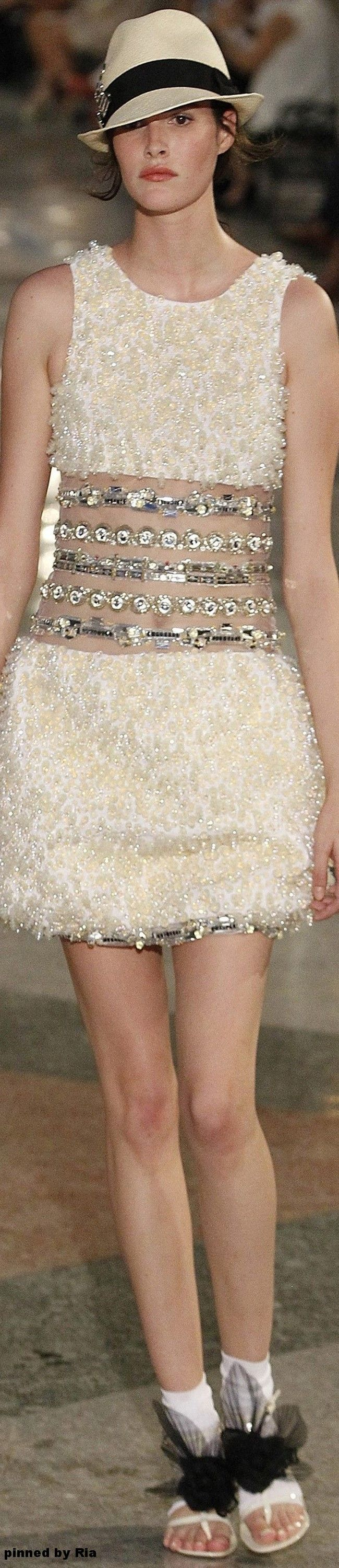 Chanel Resort 2017 l Ria