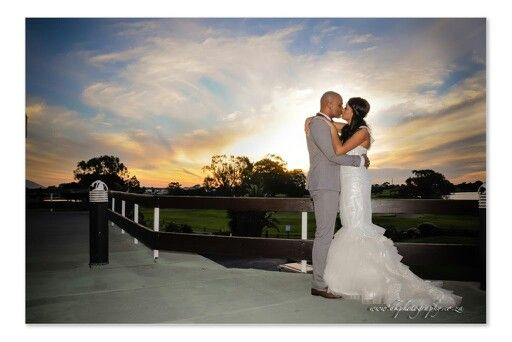 There's nothing like a sunset picture! This is a great picture to put on canvas. You are going to want to hang beautiful wedding pictures on your walls. Think smart and create the moment.