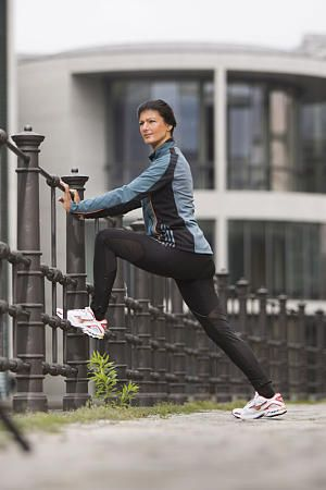 Sahra Wagenknecht joggt. Foto: Dirk Mathesius.