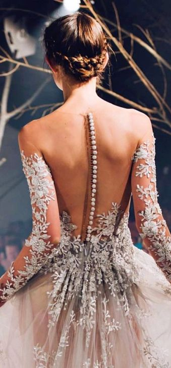 //Button up back #fashion #details