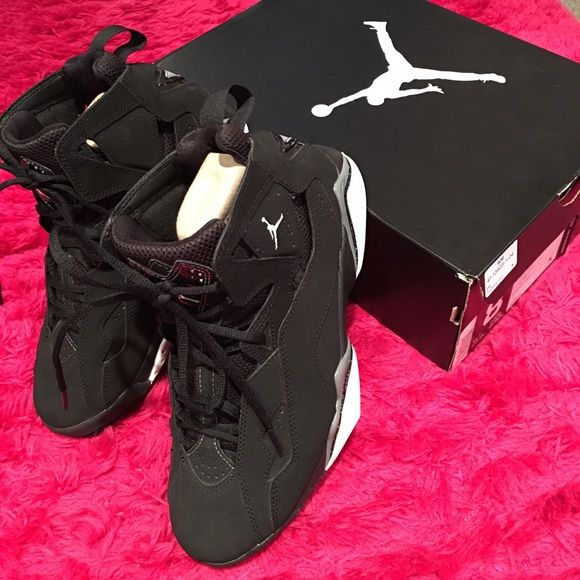 Jordan True Flight Jordan True Flight‼️ like new, hardly but gently worn size 8 men but will fit women's size 9-10. These are authentic, purchased at footlocker. Excellent consign, no flaws at all‼️ Great buy, won't last long. No longer sold in store, if you're a fan of Jordan shoes then you know they're sold out... Will accept reasonable offer thru offer button! No Low ballers‼️ Jordan Shoes Athletic Shoes