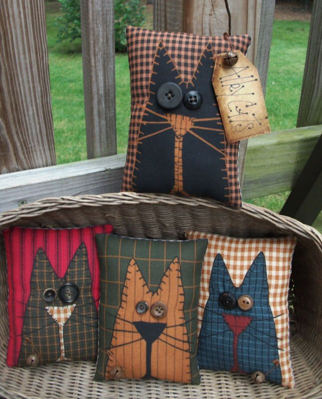 FOLK Art PrimiTive Fall ALLEY CAT Pillow Basket Fillers 4x6.5