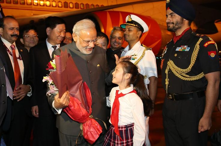 Indian Prime Minister @narendramodi arrives in Shanghai in the evening on Friday, last stop of 3-day-visit to China.