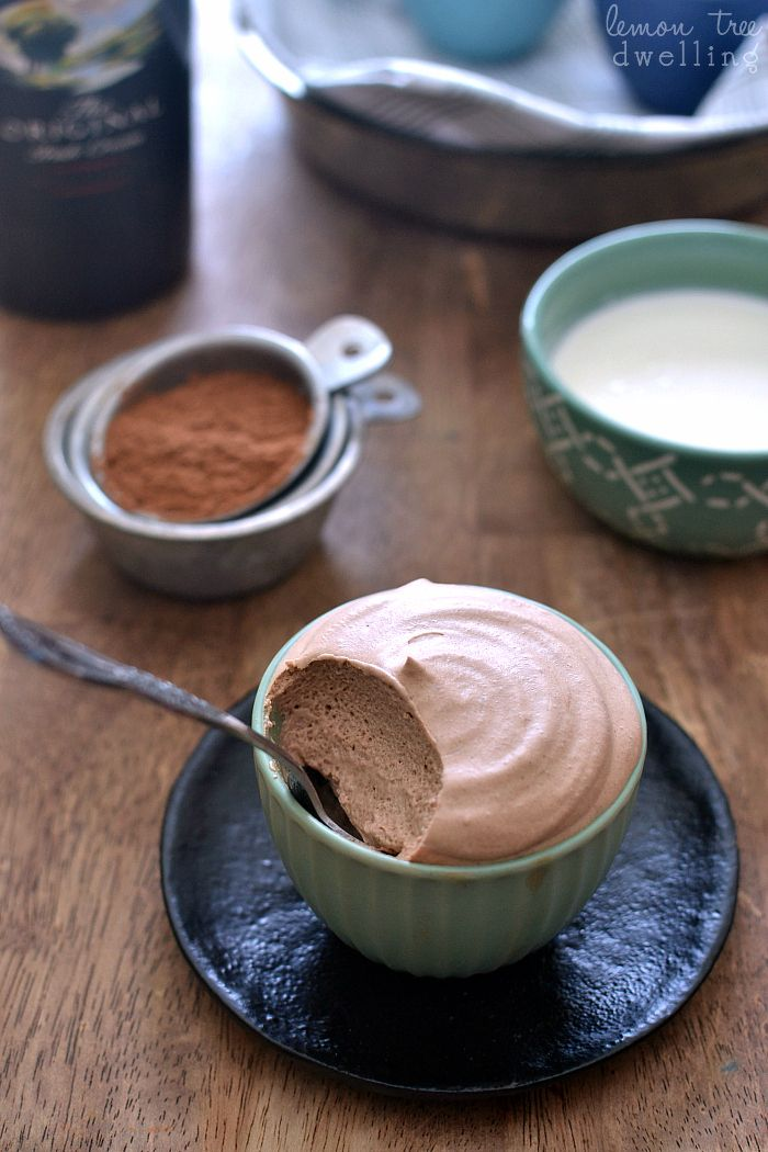 Bailey's Chocolate Mousse - deliciously light but so decadent!