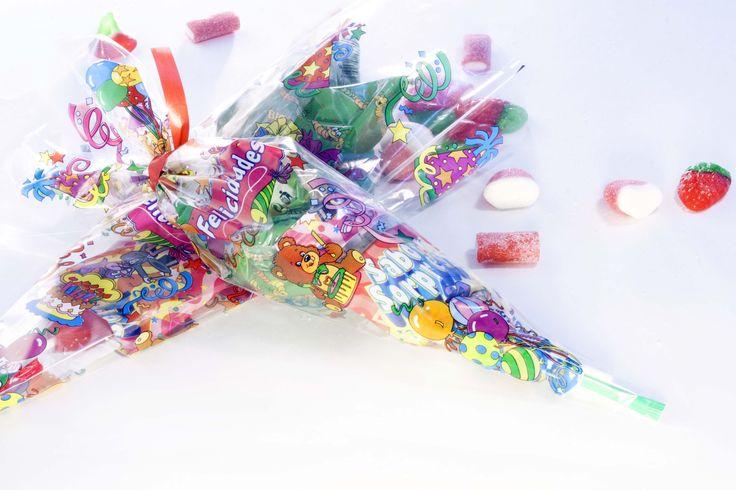 Bolsa de plástico rellena de golosinas
