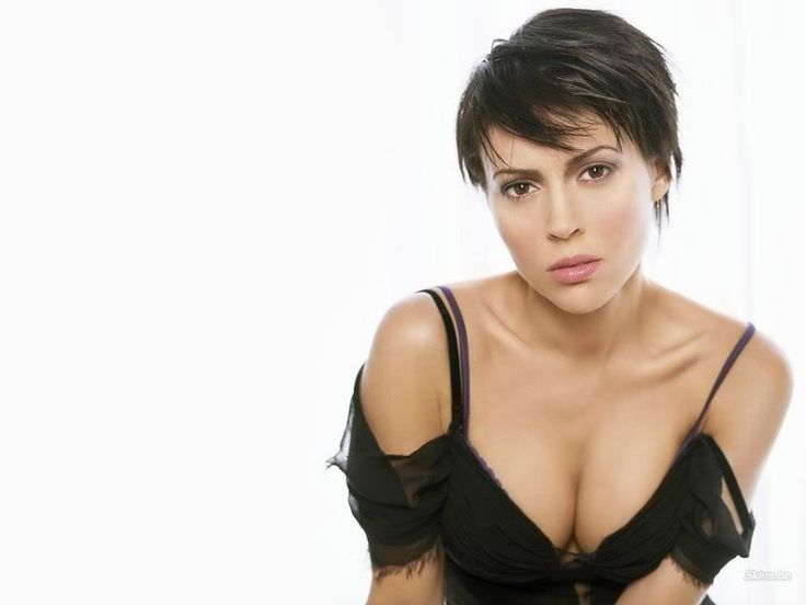Alyssa Milano Celebrity Short Pixie Hair cuts ~ Trendy Actress Haircuts