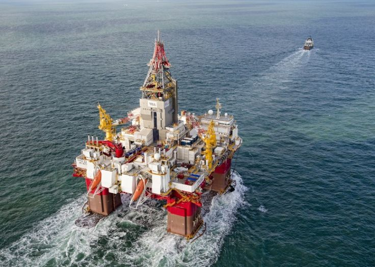 On October 24th, the Netherlands-flagged ALP Centre successfully delivered the semi-submersible drilling rig Songa Equinox to Bergen, Norway almost four months after departing Geoje, South Korea.