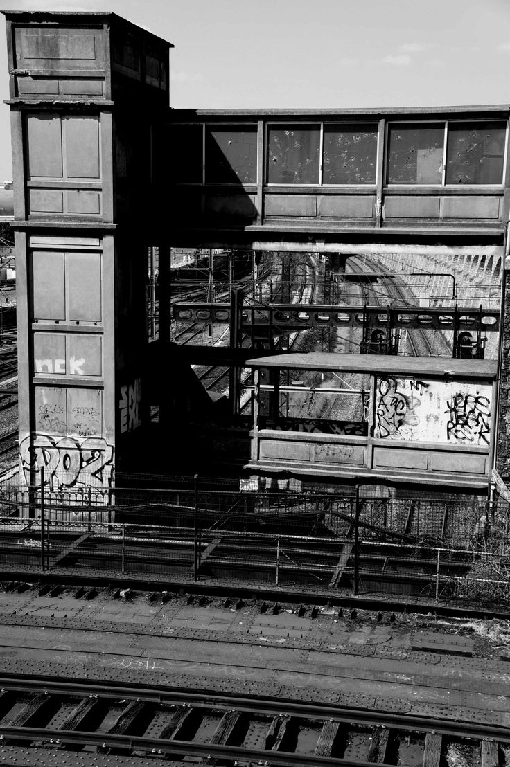 29 best paris station images on pinterest travelogue - Porte de charenton metro ...