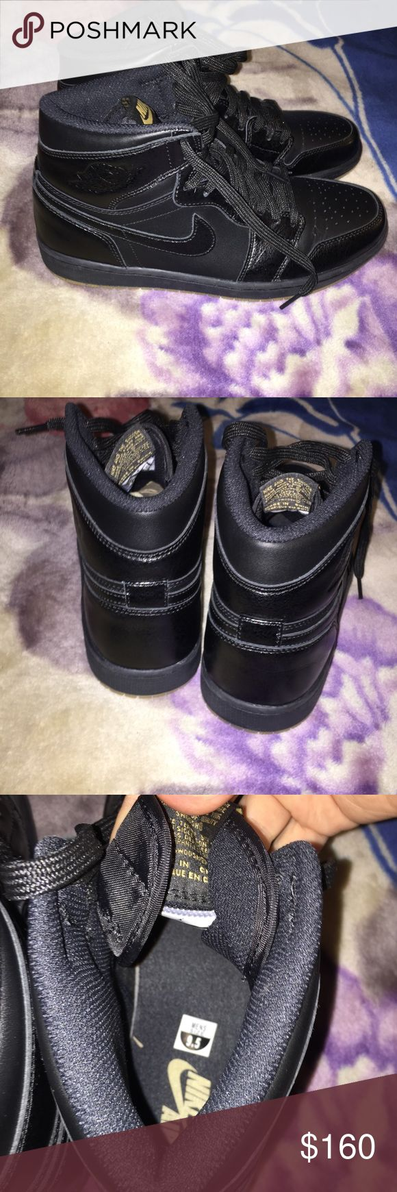 UNWORN Nike Air Jordan 1 retro OG Black gum 9.5 Unworn,new without box,one shoe still has the cardboard shaper, size 9.5 men's,black with gum soles, 555088-020 high top sneakers,hard to find from 2014 in this color way and condition. Air Jordan Shoes Athletic Shoes