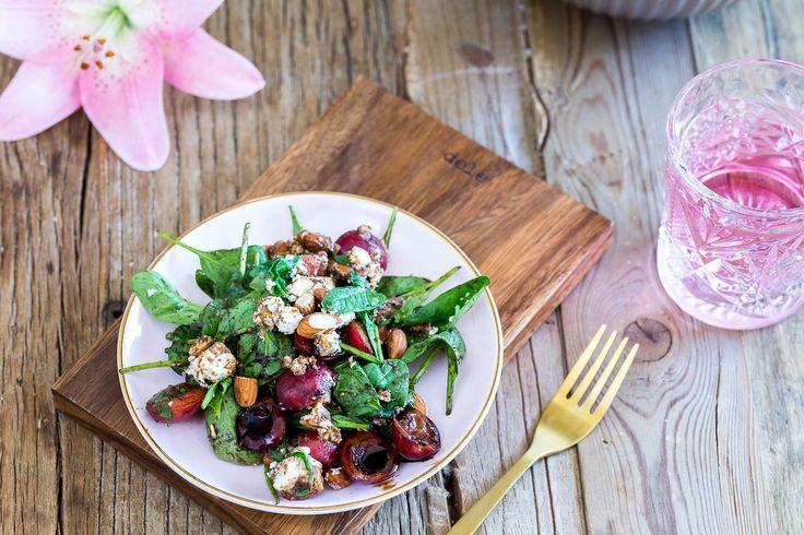 oppskrift-onsdag: spinatsalat med feta og moreller - Caroline Berg Eriksen