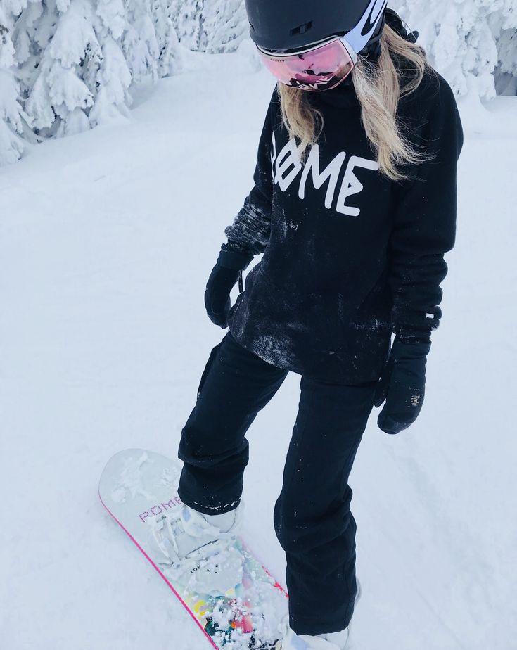 Snowboarding women Rome alex_carriere