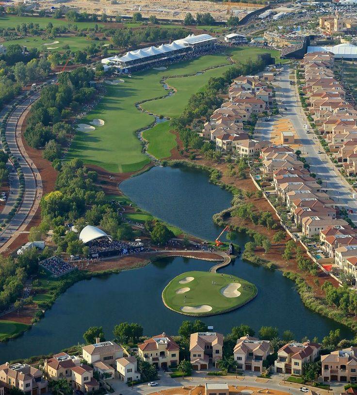 Holes 17 and 18, Earth Course, Jumeirah Golf Estates, Dubai.