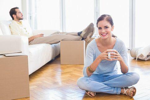 Společné bydlení není jen o lásce a radosti, je to období, kdy se opravdu poznáte bez příkras. Tohle se o partnerovi dozvíte během prvních měsíců.