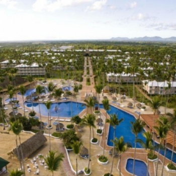 Dominican Republic at the Shopping Mall, € 370,00: Shopping Mall, Swimming Pools, Pool Services, Dominican Republic, Dominican Republic, Holidays Vacations, Dominican People, Bargain Holidays