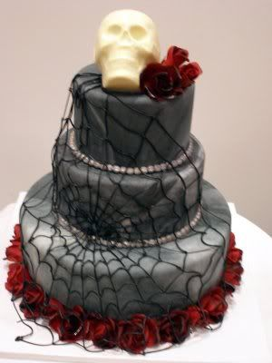 I used the same idea for marble on my wedding cake bc of this cake