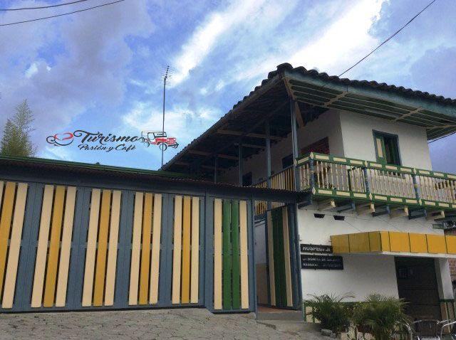 Alquiler de fincas y hoteles en el mejor destino de Suramérica, ¡Reserva ya! Cel. 3105384427 - 3104502013 #FelizSabado #Salento #Quindio #TurismoPasionyCafe http://ow.ly/Yr8X305ENE2 Turismo Eje Cafetero