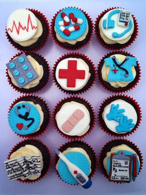 cupcake decorado para doctor - Buscar con Google