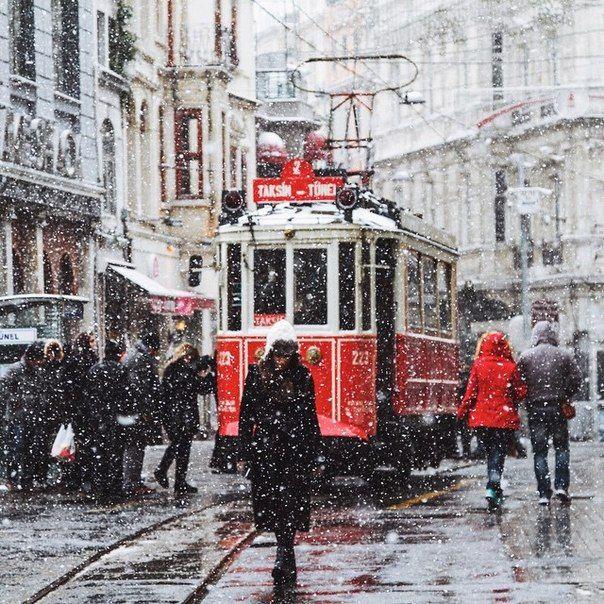 araknesharem: Beyoğlu, İstanbul, Turkey - Simulacrum