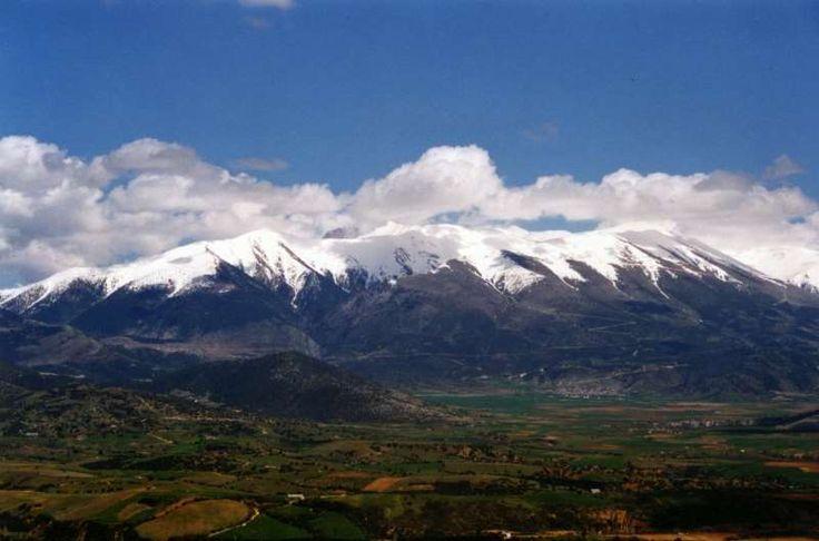 Το ψηλότερο βουνό στην Ελλάδα και ένα από τα ψηλότερα στην Ευρώπη μέσα από μια μαγευτική περιήγηση.