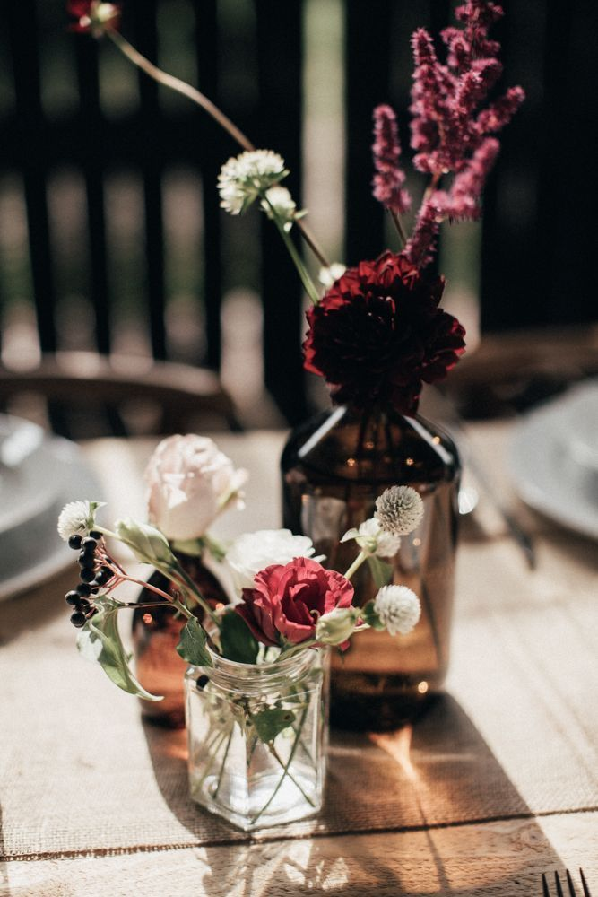 A simple and rustic wedding in a barn, #grange #smile #single #s …  – dekor.hairp.site