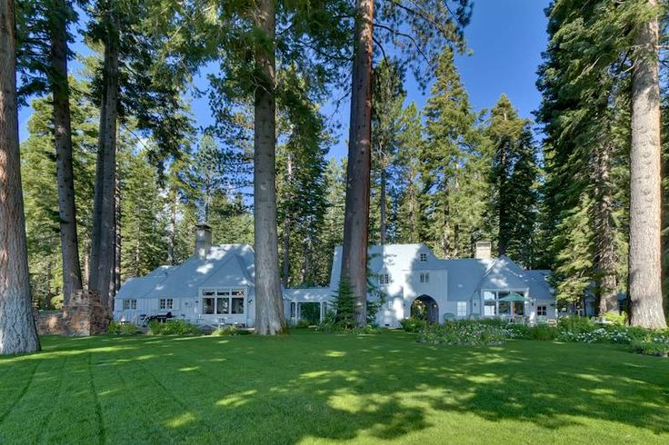 Carousel Estate - LakefrontTahoe City Vacation Rental | Tahoe Luxury Properties roof line bump out