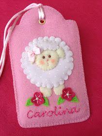 Gracinhas Artesanato: Etiqueta em feltro.  Felt tag with lamb & embroidered name