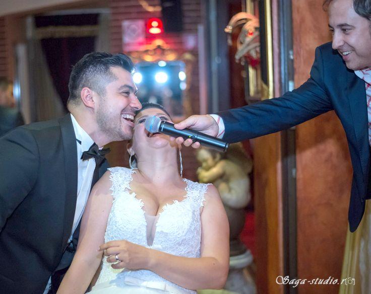 Combinatia perfecta intre muzica de nunta si cover band, traditional si modern,   formatii nunta, ANA FLAVIAN, calitate si repertoriu deosebit! Vizitati site-ul nostru:  http://www.anaflavianentertainment.ro
