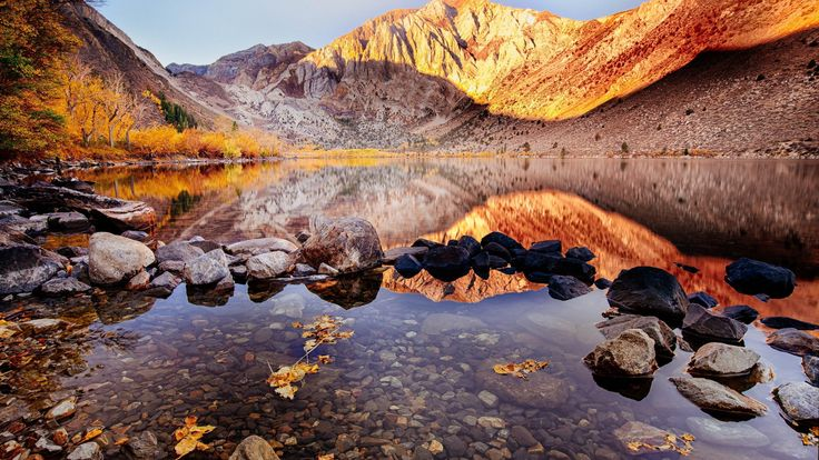 Convict Lake Autumn Landscape  #Autumn #Convict #Lake #Landscape #wallpaper #desktopwallpaper #hdwallpaper #dreamdestinations #beautifullplaces