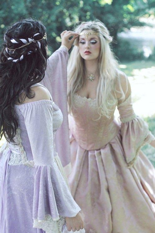 FantasyFantasy Outfit, Princesses Dresses Renaissance, Fantasy Fashion, Hair Piece, Dresses Up, Fantasy Princesses, Fairies Hair, Hair Looks, Fantasy Hair