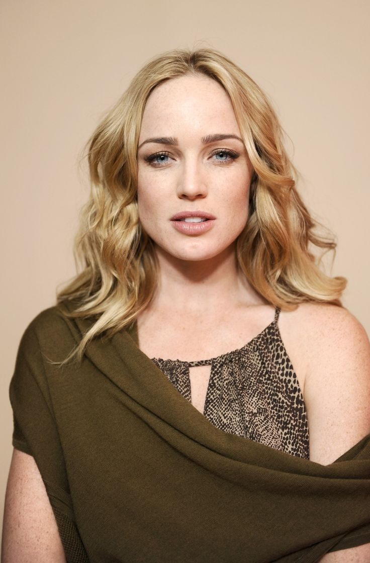 Caity Lotz Nude Photos 81