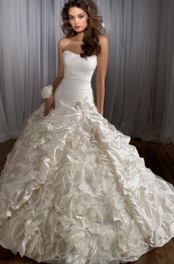 Pretty puffy wedding dress wedding dresses one day Beautiful puffy wedding dresses